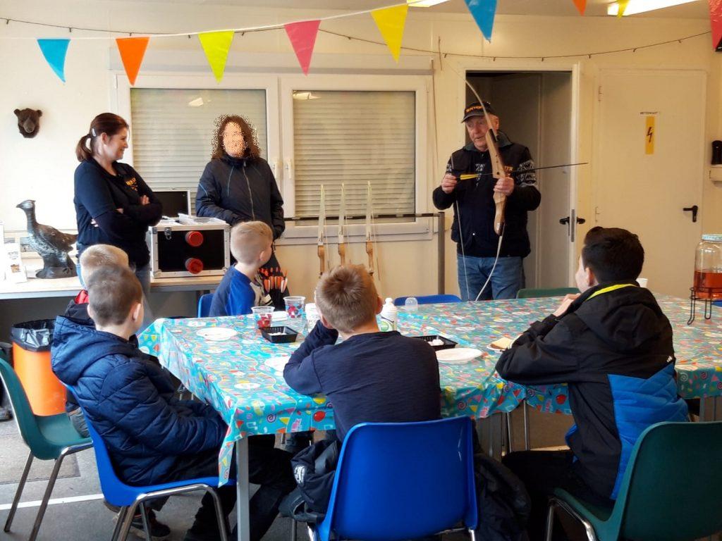 Uitleg van de veiligheidsregels tijdens een Kinderfeestje, vrijgezellenfeest, sportdag of clinic
